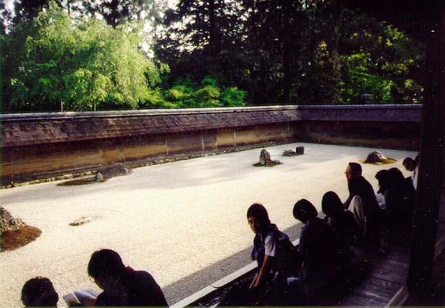 Jardines zen historias de un practicante zen for Figuras para jardin zen